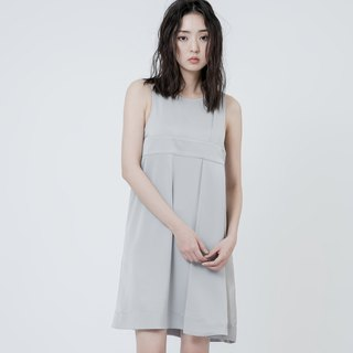 盒褶剪接洋裝 Side Pleated Detail Shift Dress
