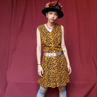 Pumpkin Vintage. Ancient wild leopard sleeveless dress