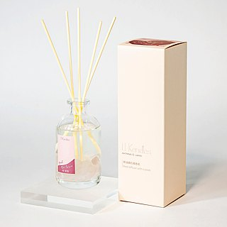 """Feel The Love"" Crystal Reed diffuser"
