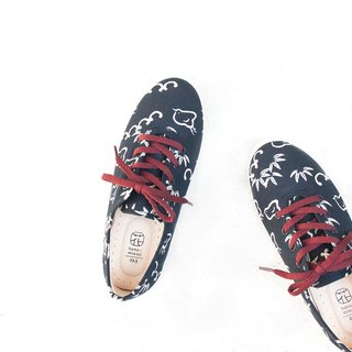 Biking Day | Blue Small Bamboo Fancy Flower Shoes. Japanese Classic Pattern. Cotton Textured Pattern. Leather Insole