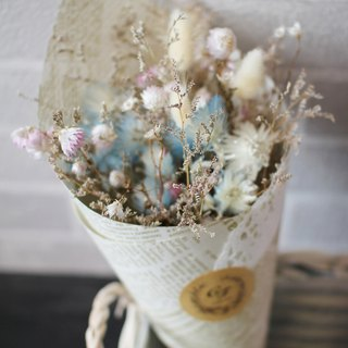Aqua blue romance - tiny dried bouquet