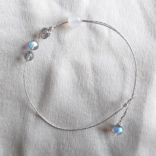 Holly XIEIIU gray moonstone. White horse brain. Silver line. Bracelet S999 sterling silver wire