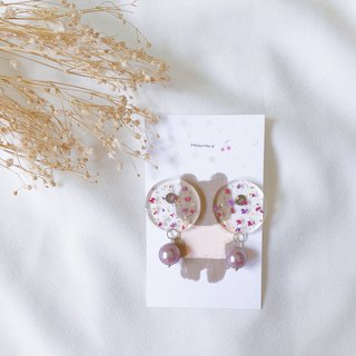 Handmade dry flower earrings ear pin