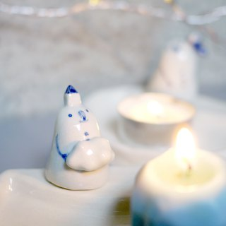 Snowman moon candlestick with candles