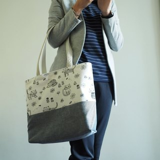 Handmade canvas tote bag with Grey Cat pattern