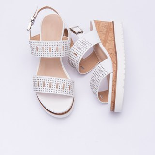 [Missy Horizon] cowhide hand rivet super lightweight wood grain wedge sandals _ elegant white