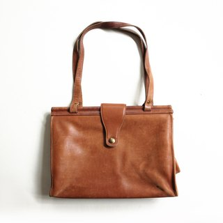 A ROOM MODEL - VINTAGE, BA-0486 / Coach caramel color rectangle large shoulder bag