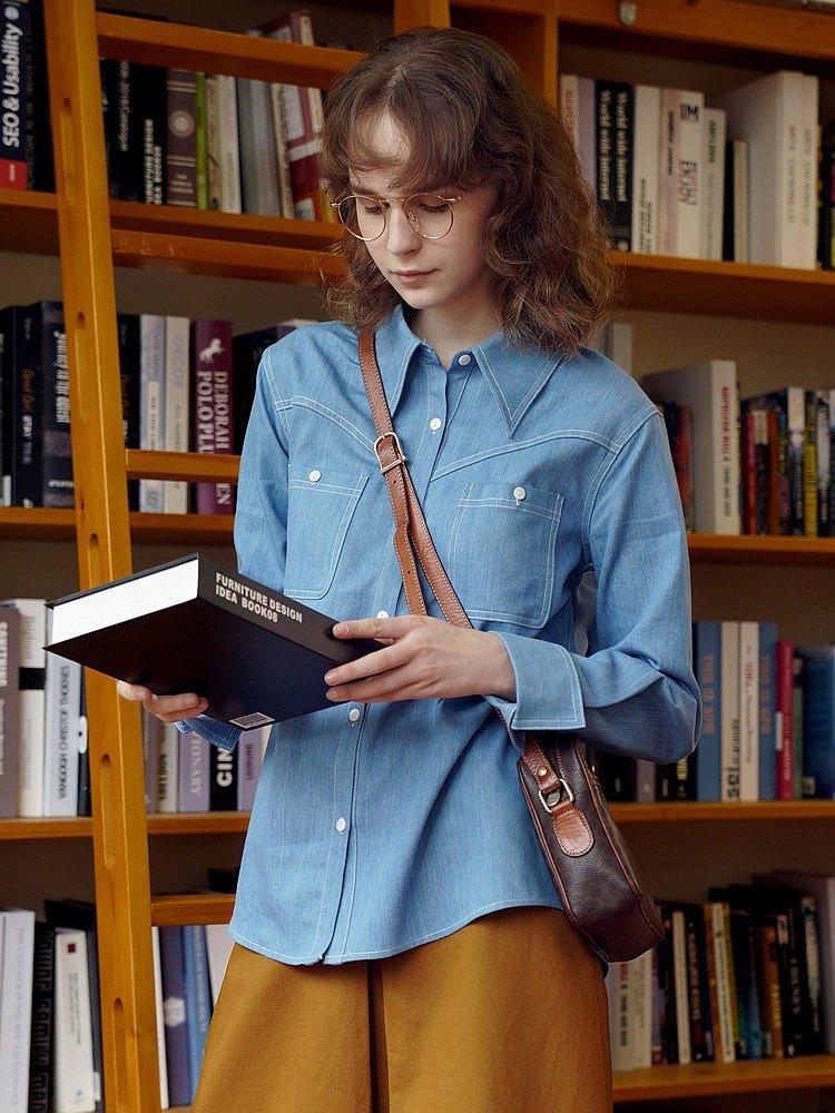 ECRU SOLI 素白已然 法式翻袖尖領 分割設計感藍色牛仔襯衫