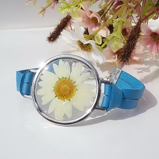 Real flower bracelet, Blue leather bracelet with alloy pressed flower bracelets, Daisy bracelets
