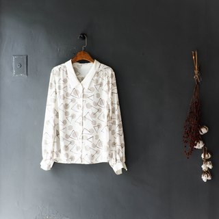 River Water Mountain - Hyogo Village Triangle Geometric Exercises Antique Silk Shirt Tops shirt oversize vintage