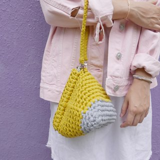Duo Color Triangle Handbag, crochet, knit, handmade (Light Grey / Ginger)