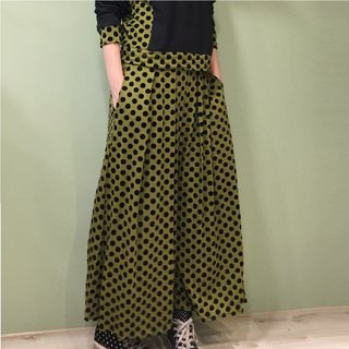 [Pants] double fold skirt _ green black flocking little bit