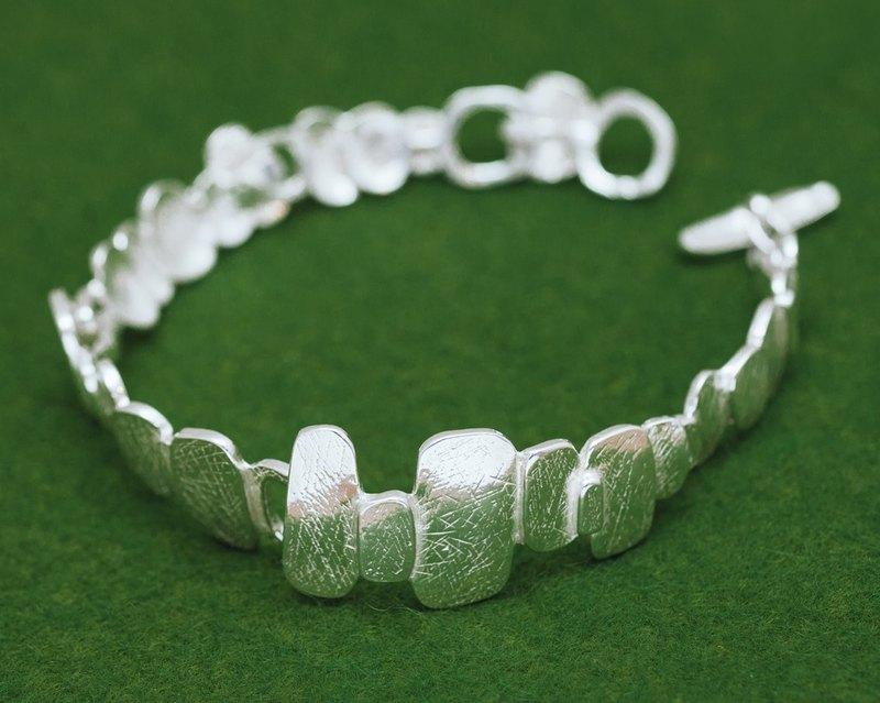 鵝卵石手鍊-銀色手鍊-有機設計-日本wabi sabi