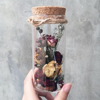 Glass test tube glass bottle dry flower spot