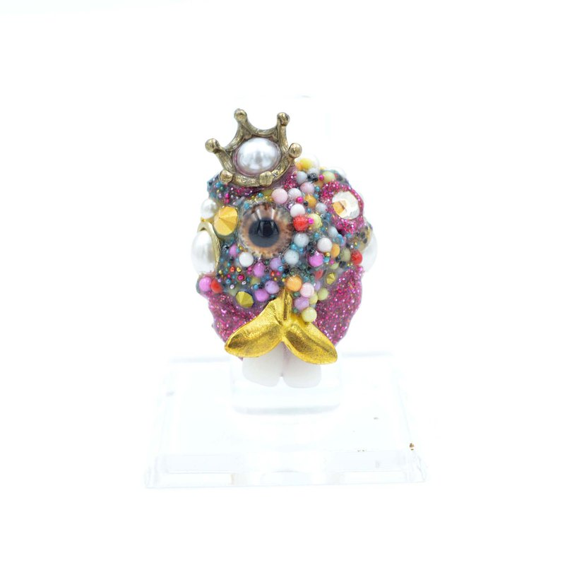 Funny King's Face Bead Art Deco Ring