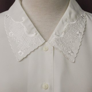 Vintage Japanese Elegant Embroidered Lapel Loose White Long Sleeve Vintage Shirt Vintage Blouse