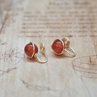 << Gold wire frame ear clip - red agate>> 8mm (with ear pin)