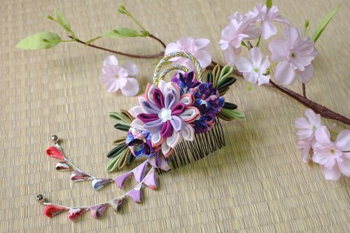 Hana Saku [ma mi-zu] fretwork and flowers. Bloom | purple tie and wind Japanese kimono cloth flower hairpin flower hair ornaments handmade creation