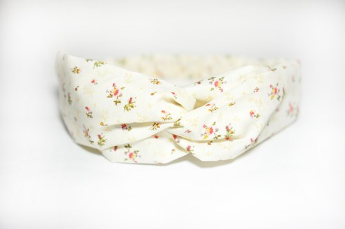 Yellow small floral / hand loose hair band