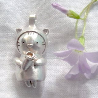 A Bouquet For You--Sterling Silver--Silver Cat--Pendant Necklace with Wax Rope