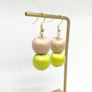 Light Brown x Grass Ball Embroidery Ball Pearl Earrings/Ear clips