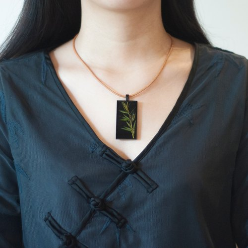 Bamboo imitation enamel _ _ _ black and green resin pendant necklace _ + _ bird with 3mm unbleached kraft chain
