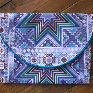 【Grooving the beats】[ Fair Trade] North Star Cross-Stitched Hmong Clutch and Perfect iPad Bag | iPad Case |