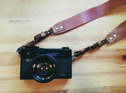 ─ hand-made leather leather camera backpack. Mushrooms poet + Handmade = The Mushroom Hand. (Lanyard, backpack, back rope, rope camera, camera bag)