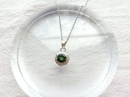 Green tourmaline 925 sterling silver round simple lace necklace Nepal handmade silver