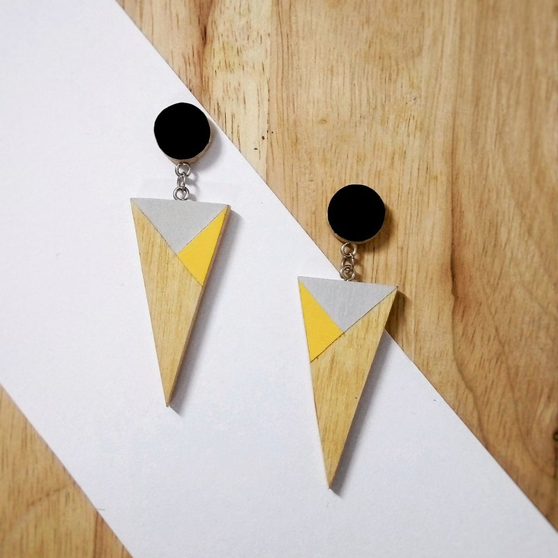 Wooden Earrings No.17
