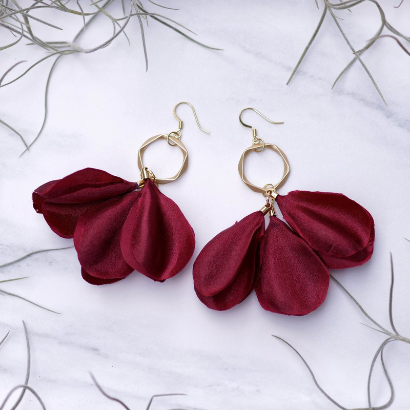 Amanda | Burgundy Red Dangle Earrings - Fabric Flower Gifts