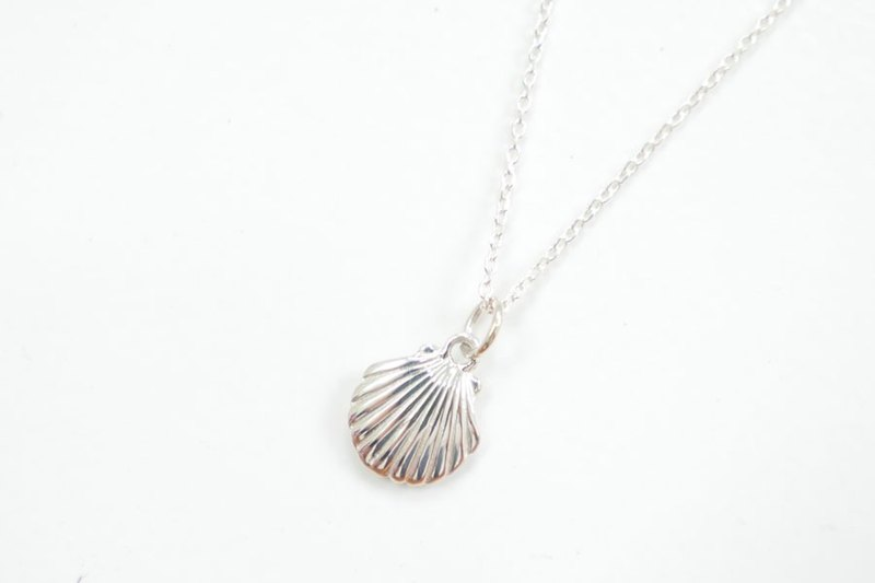 Shell Sterling silver necklace