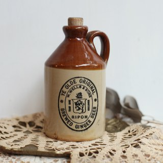 [Good day fetish] British vintage bottle w.well & sons ripon display props