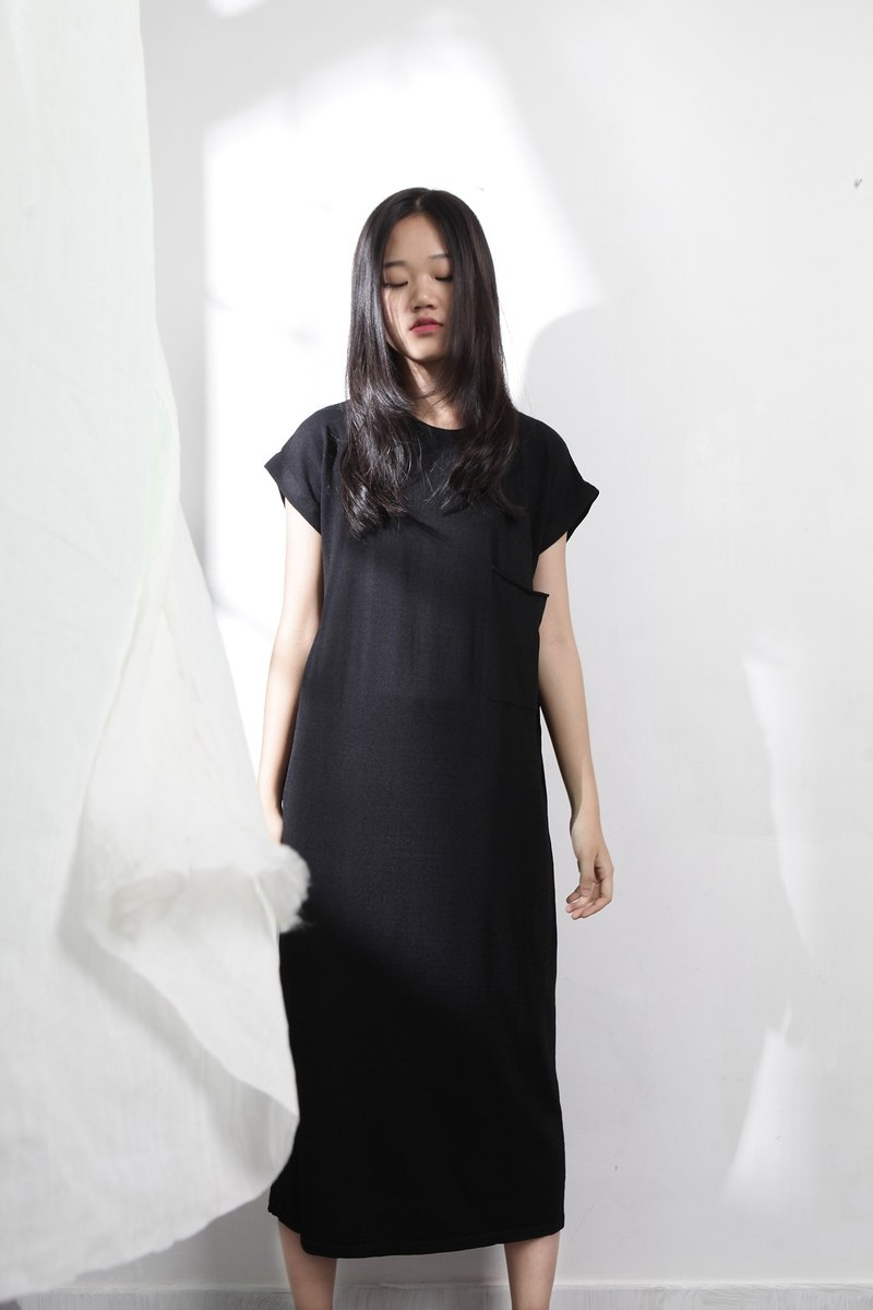 Wood drain Day / kokomorebi simple knit dress straight body