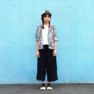 Vintage Retro Five-Sleeve Sleeve Shirt Short-Sleeve Blouse [Kuroshi Totem] V-23