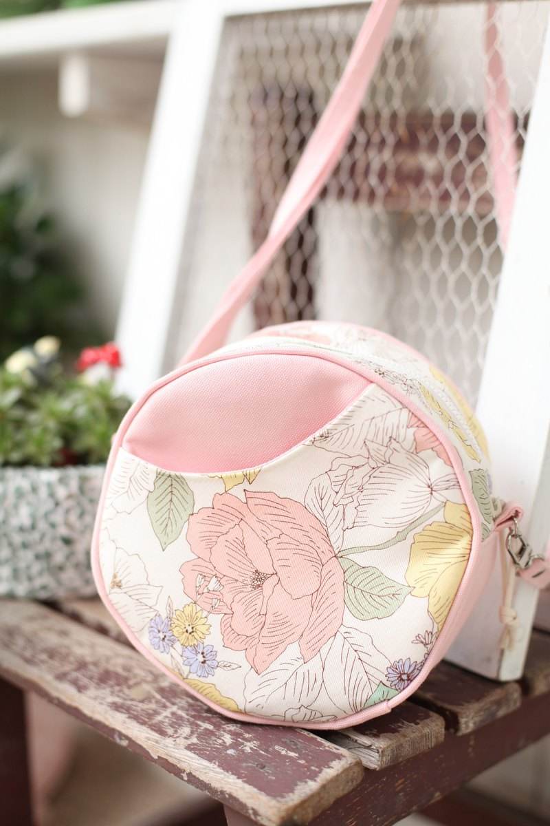 [Good day]. Flowers bloom small round package. crossbody bag. Side backpack