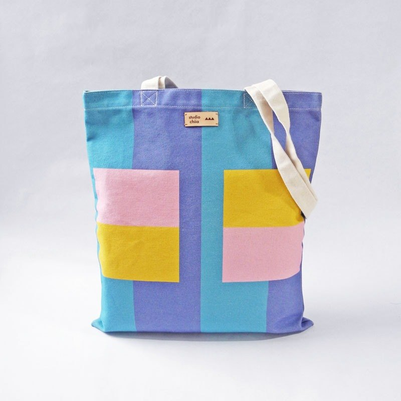 Out of Print - Studio Chiia * Cotton Canvas / Print Tote / Shoulder Bag