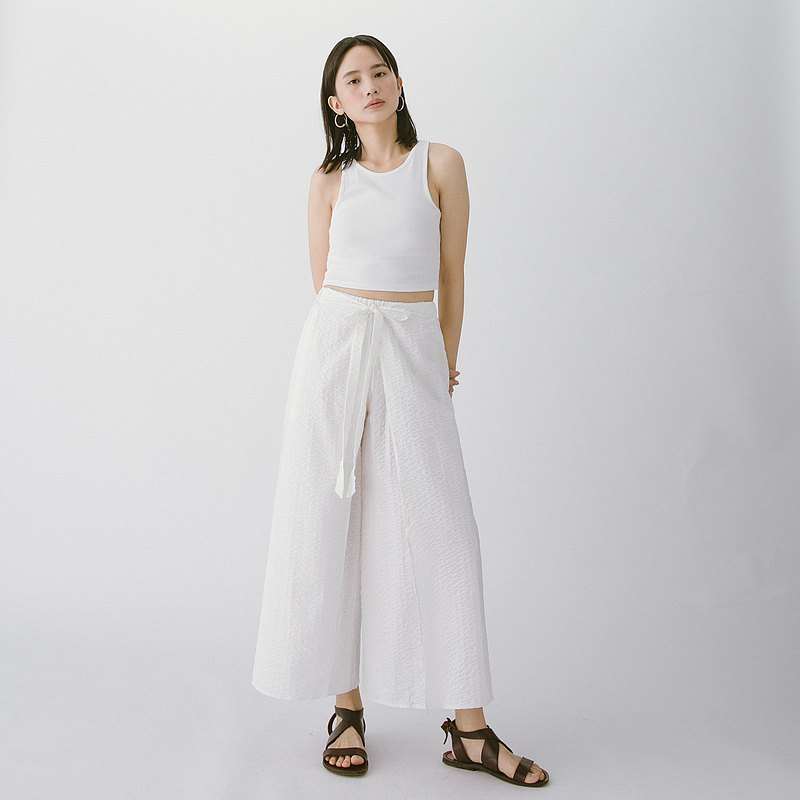 Front strap open pants - white