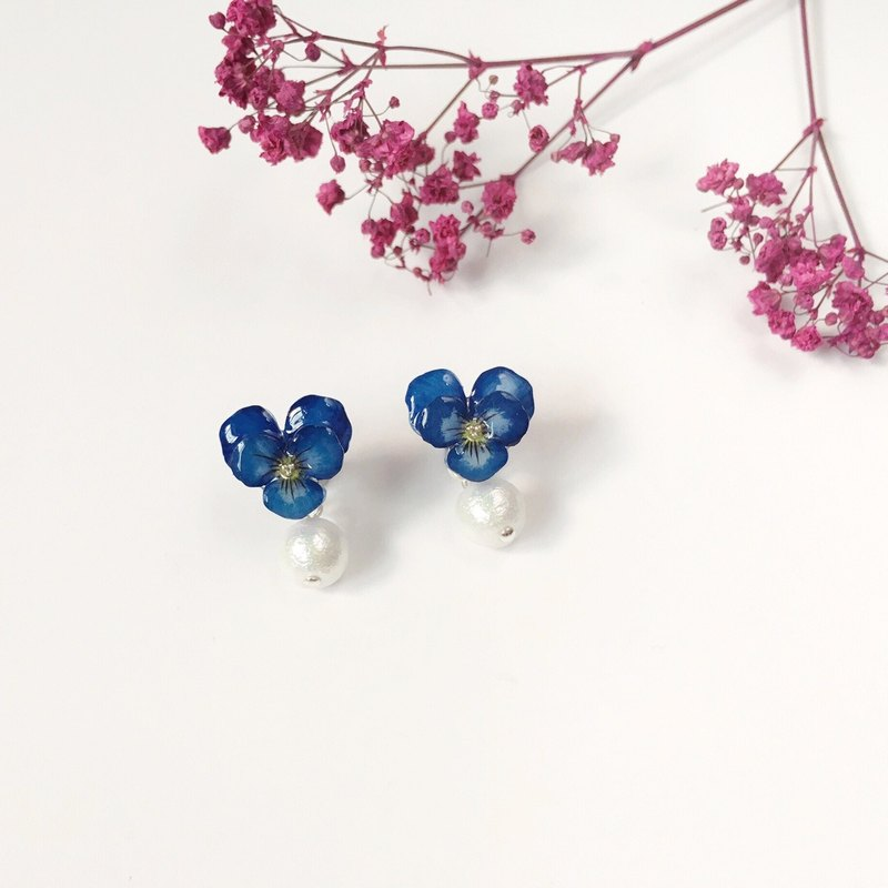 *Haku‧Neko*Hand-painted three-tone 堇 dark blue ear cotton cotton earrings ear pin