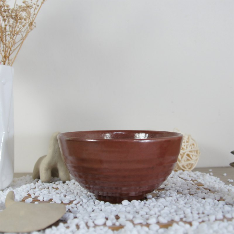 Enthusiastic crimson bowl, tea bowl, rice bowl - capacity about 280ml