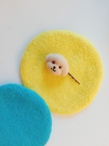 Poodle - wool felt hairpin
