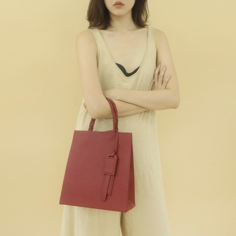 Small wine red imported top layer cowhide minimalist square paper bag shopping tote bag shoulder bag shoulder bag