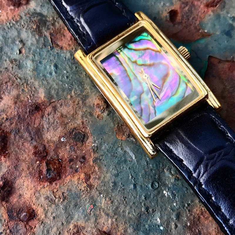 【Lost And Find】Natural  abalone pearl watch
