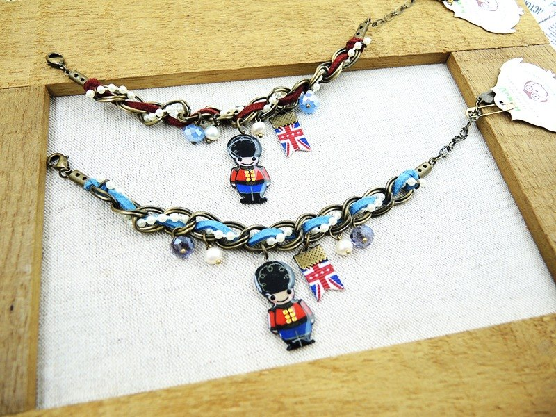 §HUKUROU§ Pastoral little guards bracelet (red / blue)