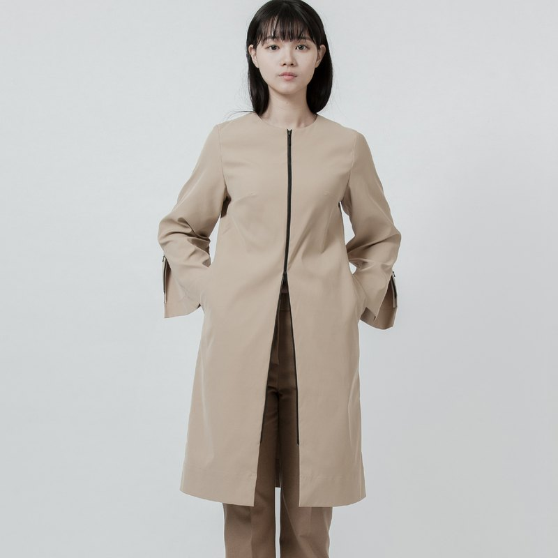 Slitting long coat Trench Coat With Zipper Details