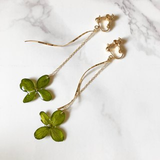 Slim hydrangea chain earrings*Green*