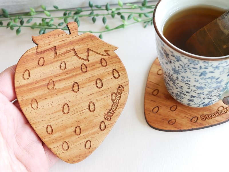 Wood coaster 【strawberry】 strawberry
