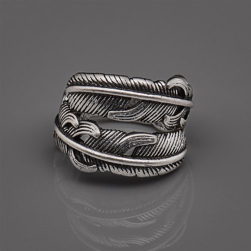 Double feather ring