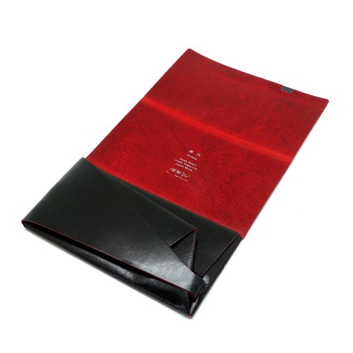 Made Shosa [Japanese handmade vegetable-tanned cowhide] long clip - paragraph color / black and red