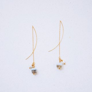 Mist - Ear line - Natural stone pearl ear line